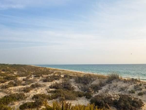 Praia da Comporta, principal atração de Alcácer do Sal